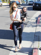 http://img167.imagevenue.com/loc1051/th_649541954_Hilary_Duff_out_and_about_in_Hollywood13_122_1051lo.jpg